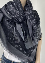 Load image into Gallery viewer, Louis Vuitton monogram shine shawl black/silver