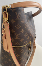 Load image into Gallery viewer, Gucci canvas web shoulderstrap