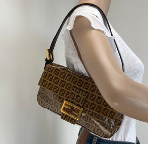 Fendi vintage monogram baguette bag