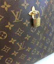 Load image into Gallery viewer, Louis Vuitton flower hobo monogram noir