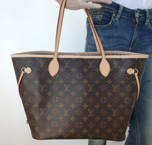 Load image into Gallery viewer, Louis Vuitton neverfull MM