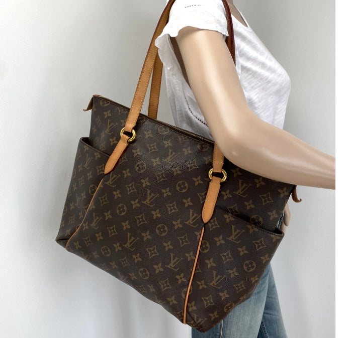 Louis Vuitton totally MM
