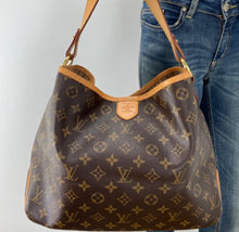 Load image into Gallery viewer, Louis Vuitton delightful PM