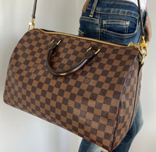 Load image into Gallery viewer, Louis Vuitton speedy bandouliere 35 damier
