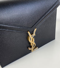 Load image into Gallery viewer, Saint Laurent YSL Cassandra monogram clasp bag black