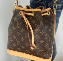 Load image into Gallery viewer, Louis Vuitton Noe BB bucket bag no strap
