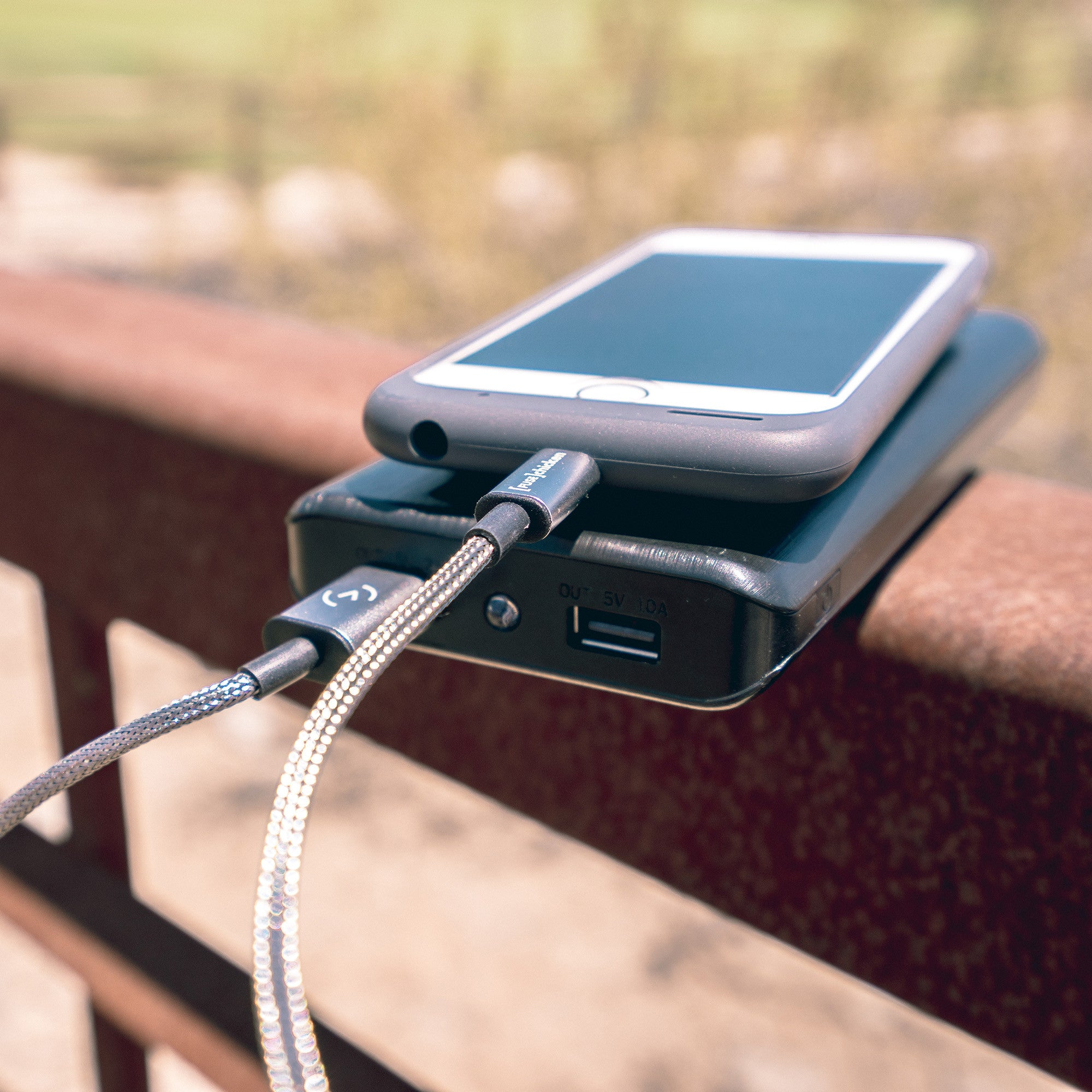 Armour_Charge_Bridge_Railing?v=1544632102 strong, flexible iphone charger cable armour charge lightning