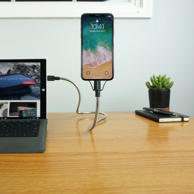 BOBINE FLEX | The World's Most Flexible iPhone Dock