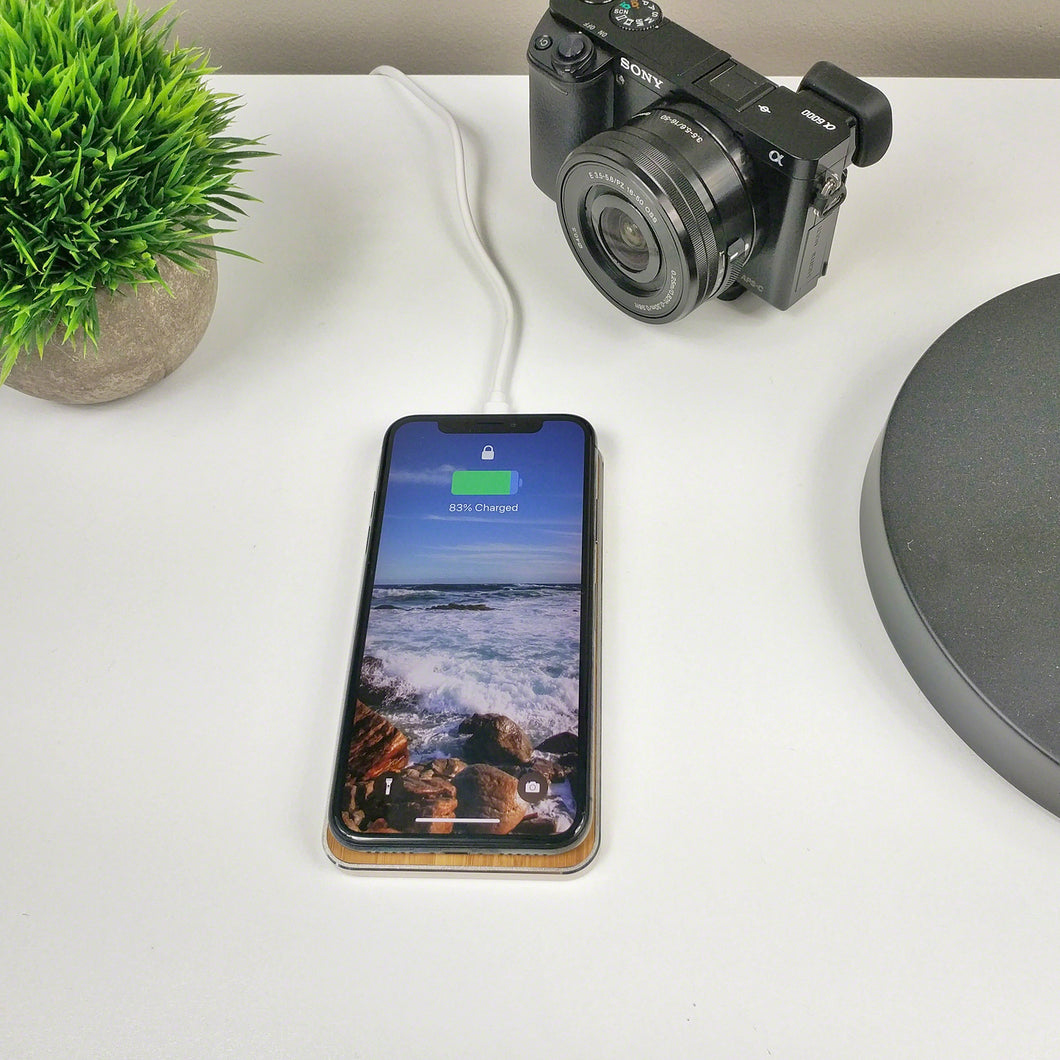 GRAVITY TOUCH Bamboo : Premium Wireless Charging Base