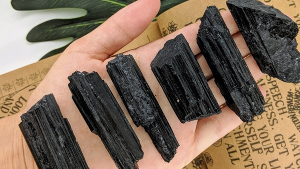 Black Tourmaline – Meaning, Protection and Healing Abilities