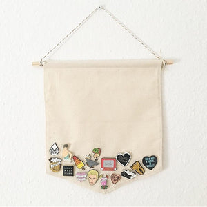 Pin Display Pennant