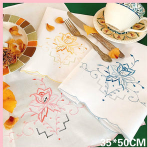 Modern Exquisite Embroidery Flower Napkins