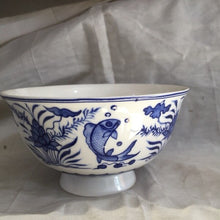 Load image into Gallery viewer,  Blue and white bowl