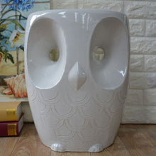 Load image into Gallery viewer, Owl Stool