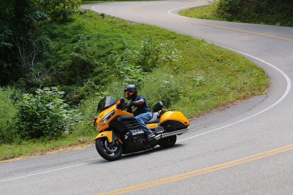 Where in the world is MCCruise?.....F6B on the 'Dragon' Deal's Gap, NC, USA