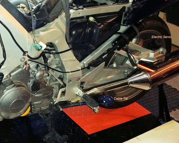 A customer's electric servo mounting on his 2005 FJR1300.