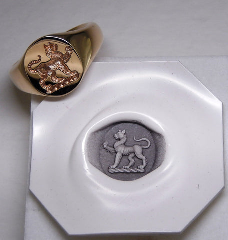 Seal crest engraved signet ring and stamp