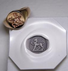 Crest Seal Engraving on signet ring