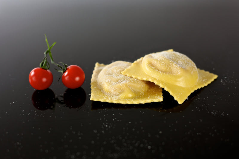 Ravioli Mozzarella & Sundried Tomatoes Fresh Handmade Pasta | Delicatezza | Wholesale