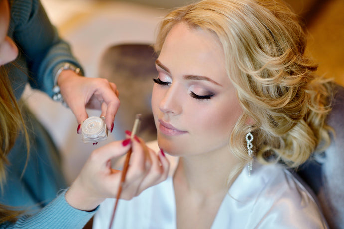 Top Tips When Booking Your Wedding MUA