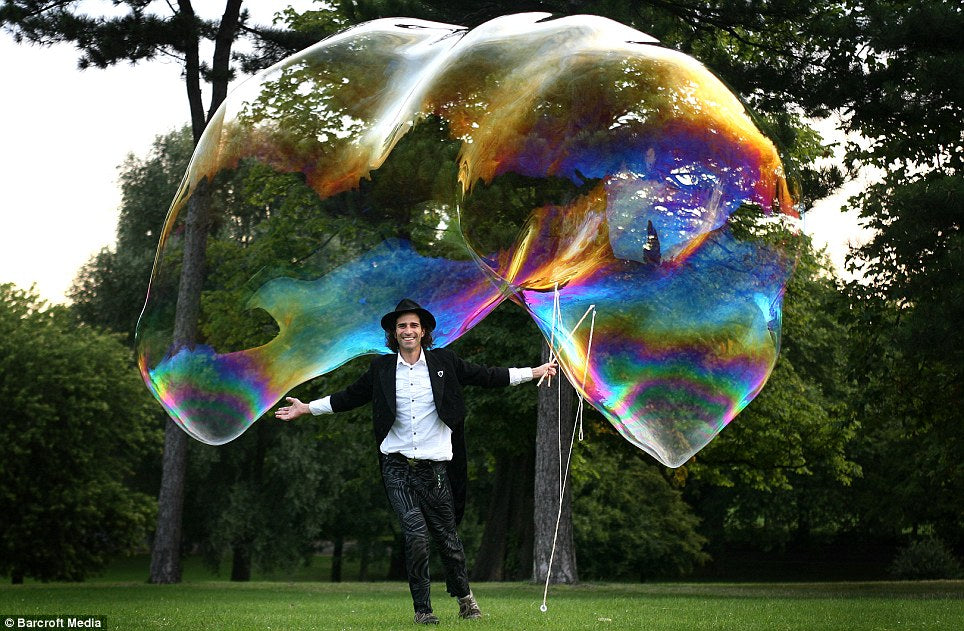 Outdoor Bubble Walkabout - Bubble Inc