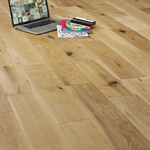 Barn Narrow - Oak Brushed & Oiled
