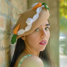 Load image into Gallery viewer, Carrot Cake Beret