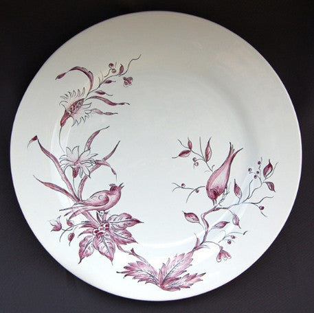Bord Uni plate with St-Omer prune hand painted decoration
