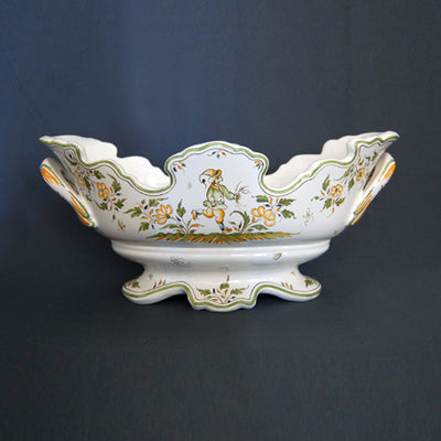 Ovale Medicis jardiniere with hand painted Moustiers decoration