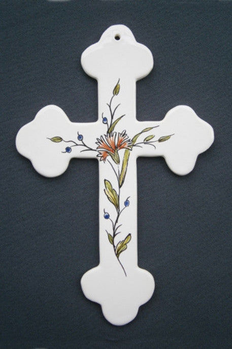 Earthenware Simple Heraldic Cross with St-Omer hand painted decoration
