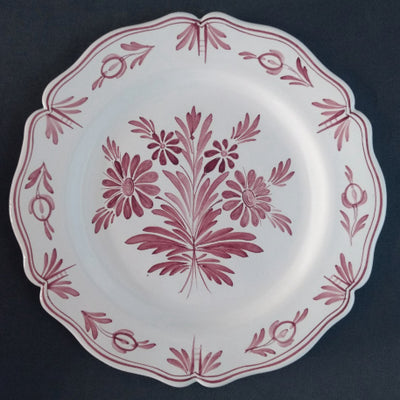 Feston Plate with hand painted decoration Antique Fleurs 88 monochrome raspberry