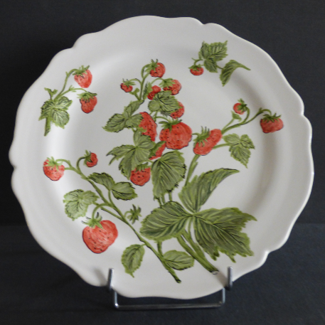 Feston Plate with hand painted Pouplard Fraise decoration