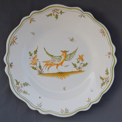 Feston plate with hand painted decoration Moustiers 12