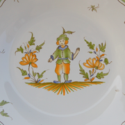 Feston plate with hand painted decoration Moustiers 13