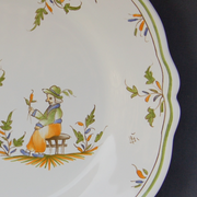 Feston plate with Moustiers 21 hand painted decoration