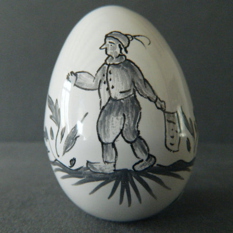 Egg with Moustier monochrome grey 1 hand painted decoration