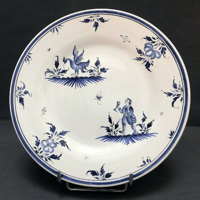 Bord Uni plate with Moustier 8 monochrome blue hand painted decoration