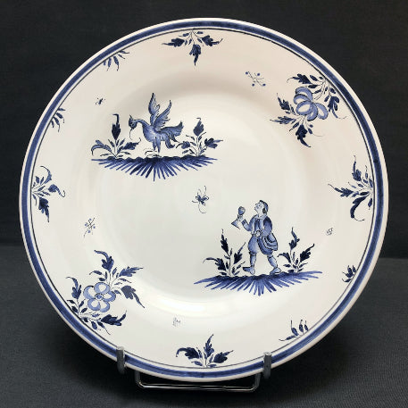 Bord Uni plate with Moustiers 8 monochrome blue hand painted decoration