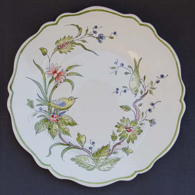 Feston plate with St Omer hand painted decoration