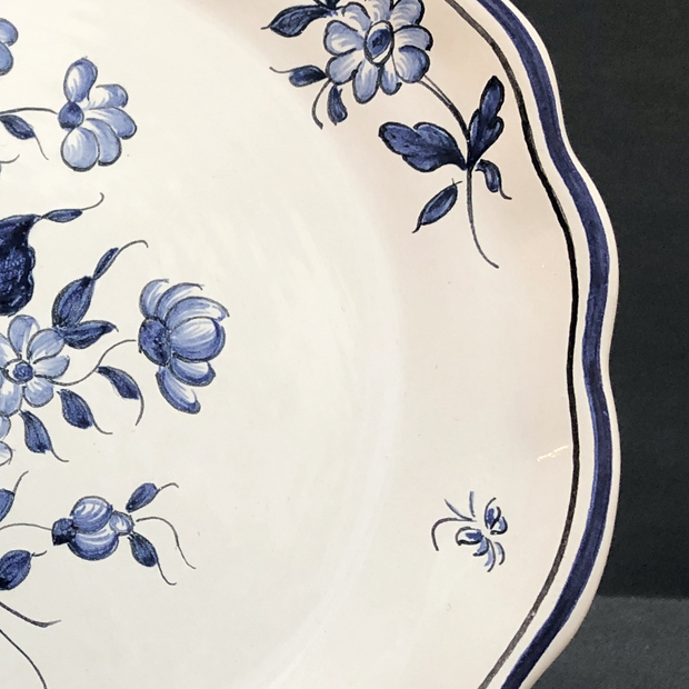 Creuse Feston Louis XV shallow plate with Strasbourg Fleurs 1 blue hand painted decoration