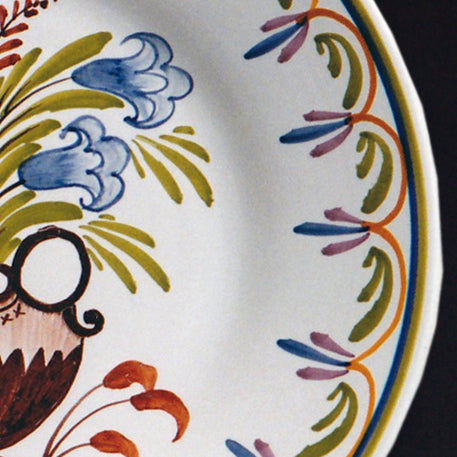 Bord Uni Plate with hand painted decoration Antique Fleurs 7