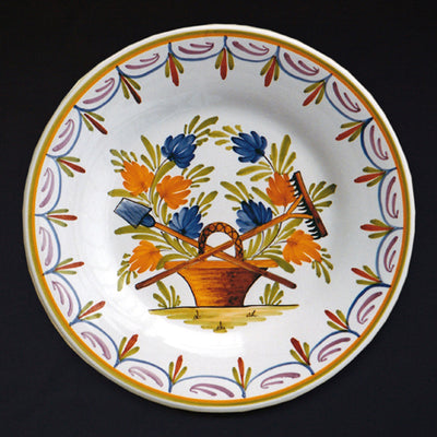 Bord Uni Plate with hand painted decoration Antique Fleurs 95