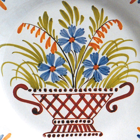 Bord Uni Plate with hand painted decoration Antique Panier 96
