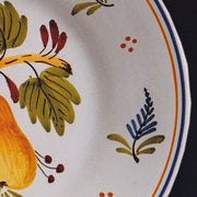 Bord Uni plate with Antique fruits 2 hand painted decoration