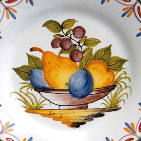 Bord Uni plate with Antique fruits 73 hand painted decoration
