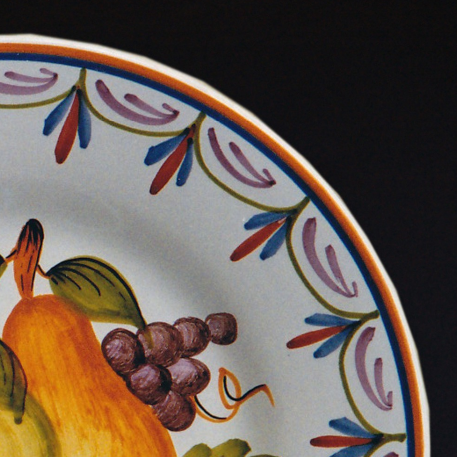 Bord Uni plate with Antique fruits 77 hand painted decoration