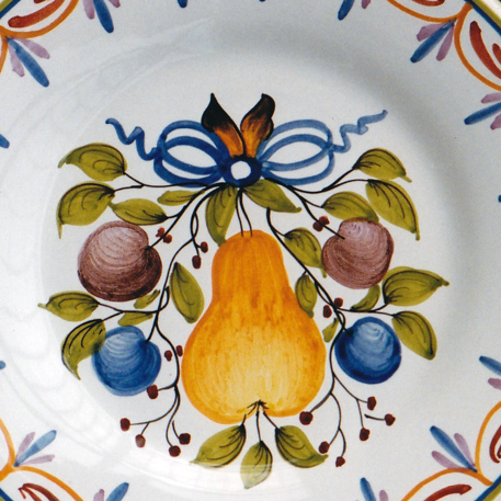 Bord Uni plate with Antique fruits 78 hand painted decoration