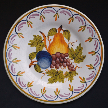 Bord Uni plate with Antique fruits 79 hand painted decoration