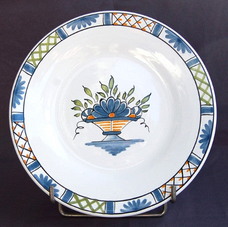 Bord Uni plate with Rouen Panier Prouet hand painted decoration