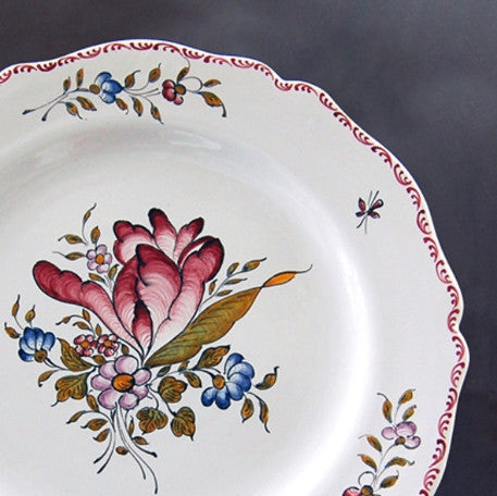 Feston plate with hand painted Strasbourg decoration